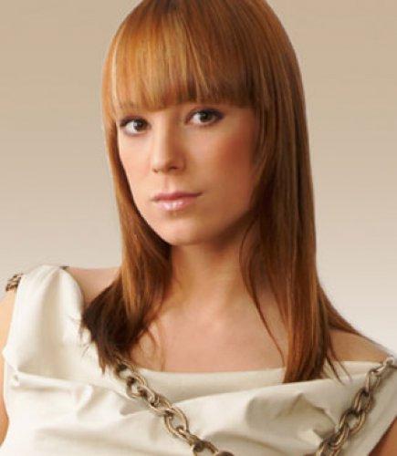 Алиса Тарабарова решила начать сольную карьеру