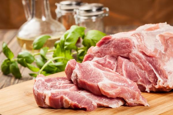 Как уберечь мясо в процессе размораживания