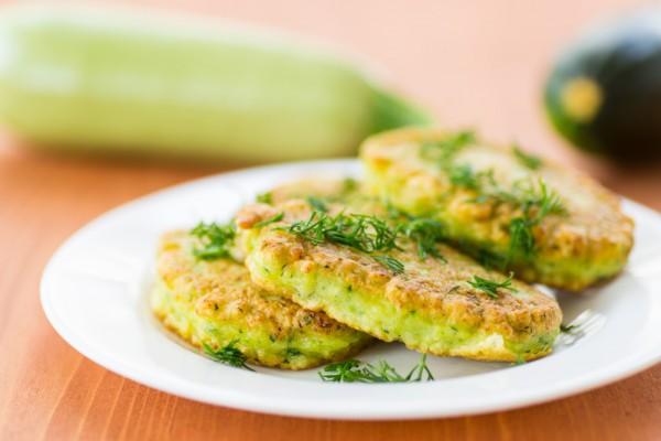 Как приготовить салат из куриной грудки не слоями