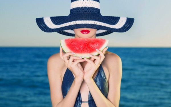 Как правильно питаться в жару