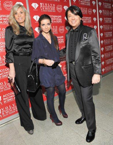 Звездное семейство: дизайнер Валентин Юдашкин, дочь Галя, жена Марина