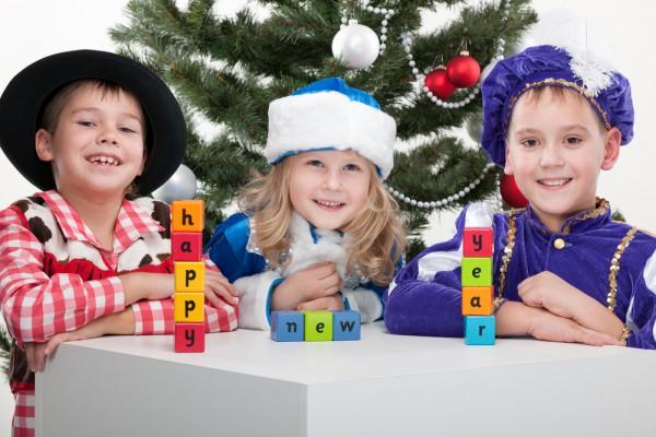 Новогодние песни для детей помогут создать праздничную атмосферу