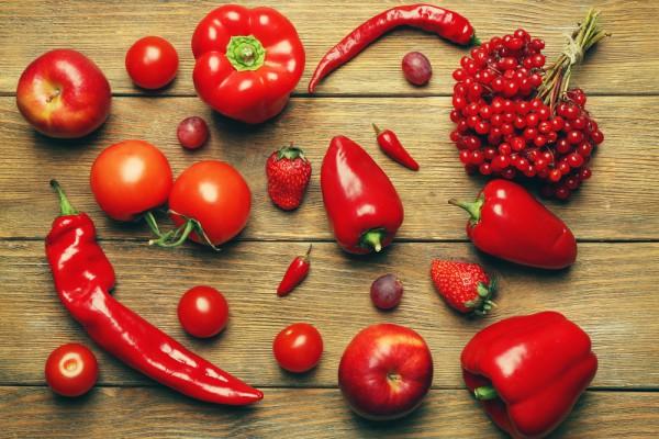 Аллергия возникает на красные продукты питания