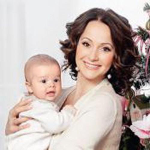 Ольга Кабо показала сына Витю