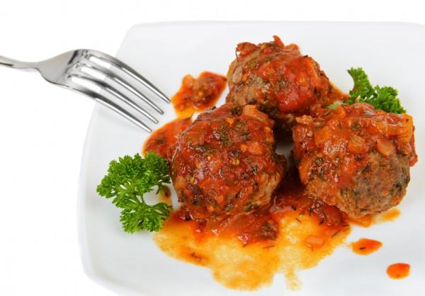Рецепт                  Тефтели в соусе из болгарского перца