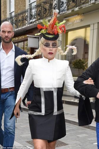 Lady GaGa в детском образе