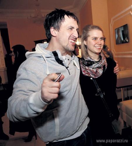 Дарья Мельникова тайно вышла замуж за Артура Смольянинова
