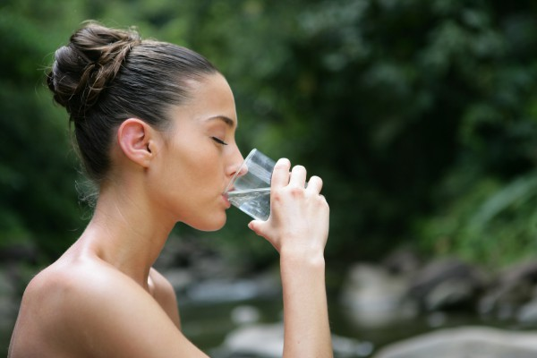 Сколько воды нужно выпивать в день