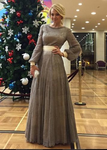Яна Рудковская рассказал, что уже подготовилась к Новому году