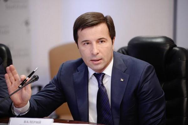 Валерий Коновалюк – украинский политический деятель. Депутат Верховной Рады Украины, член Партии регионов.