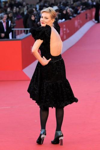 Рената Литвинова в сексуальном платье