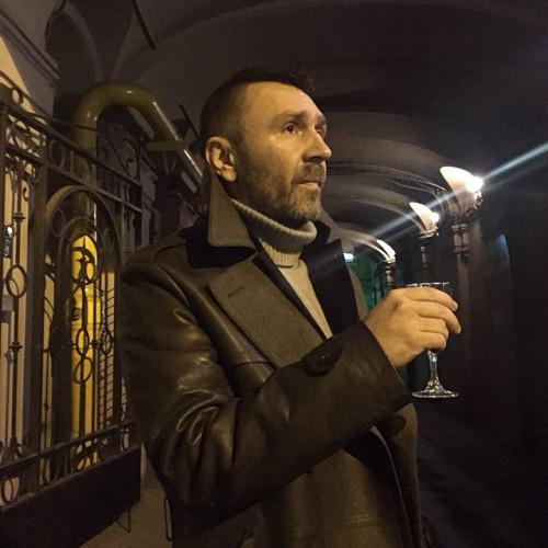 Шнуров рассказал о своем отношении к алкоголю