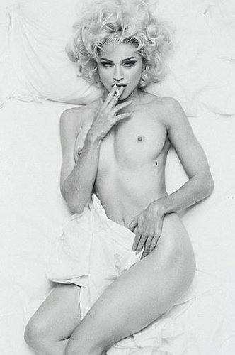 На этом снимке Мадонне 32 года