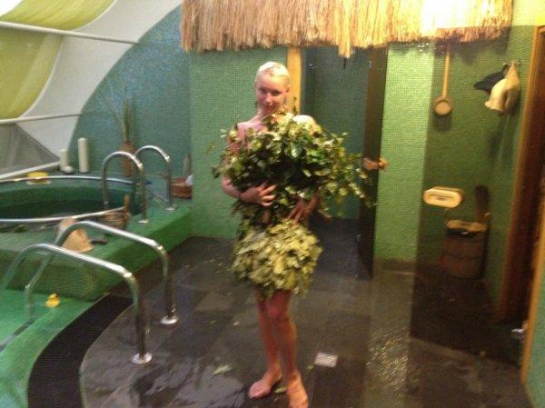 Анастасия Волочкова: Новая откровенная фотосессия в бане