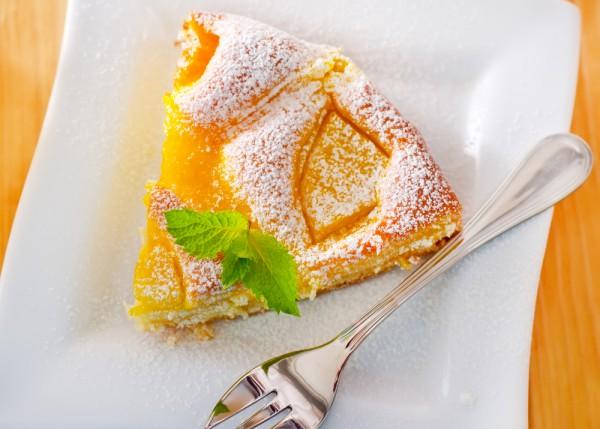 Рецепт                  Персиковый пирог на сметане
