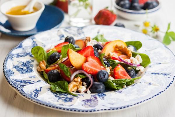 салат из персиков рецепт с