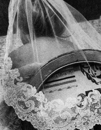 Ксения Собчак сыграла тайную свадьбу с Максимом Виторганом