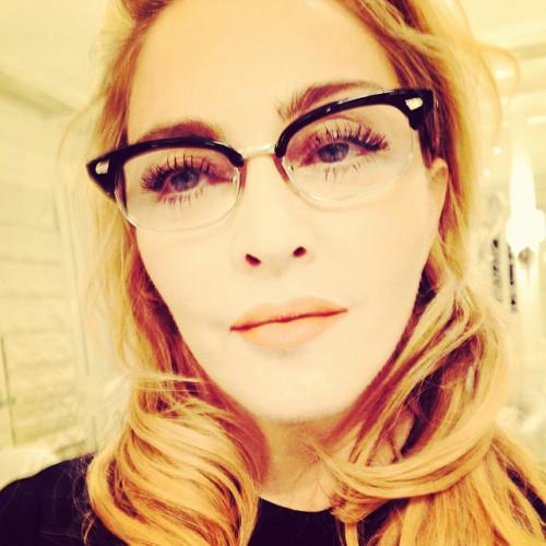 Мадонна выступила в защиту прав российских геев