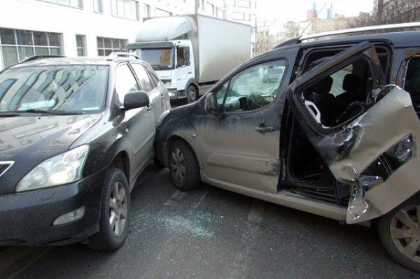 Так выглядит машина Алены Водонаевой после аварии