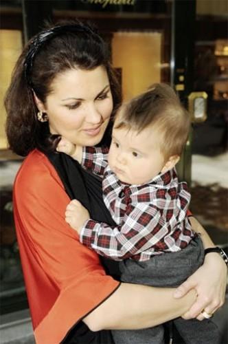 Анна Нетребко рассказала о болезни своего ребенка