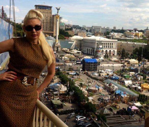 Светлана Вольнова поздравила киевлян