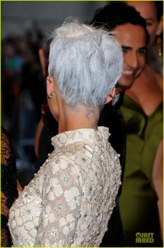 Николь Ричи стала похожа на бабушку