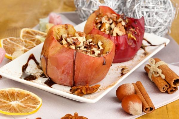 Рецепт                  Запеченные яблоки с грецкими орехами