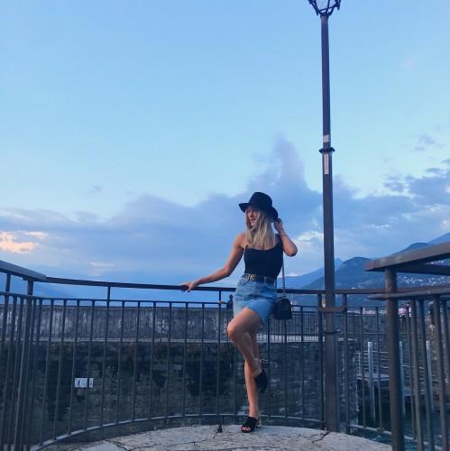Пета Мургатройд в Италии