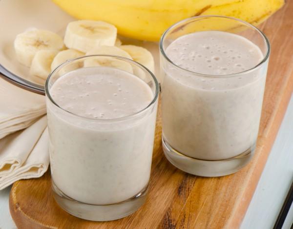 Банан хорошо помогает от сухого кашля
