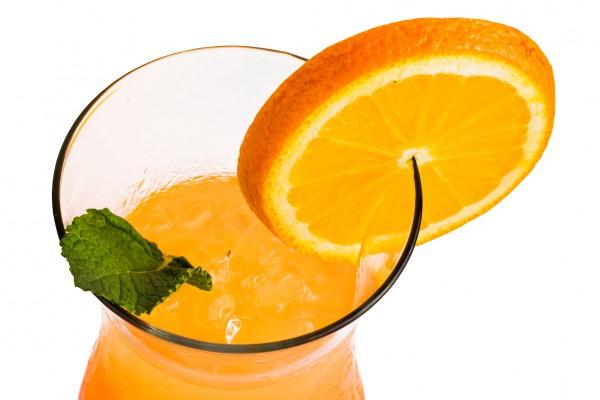 Рецепт                  Апельсиновый коктейль с мартини