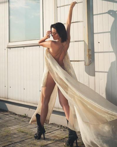 Больше эротики: Даша Астафьева опубликовала откровенное фото