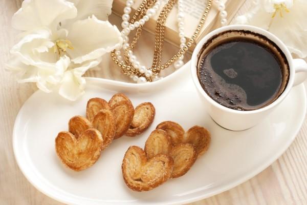 Печенье на День Валентина из слоеного теста