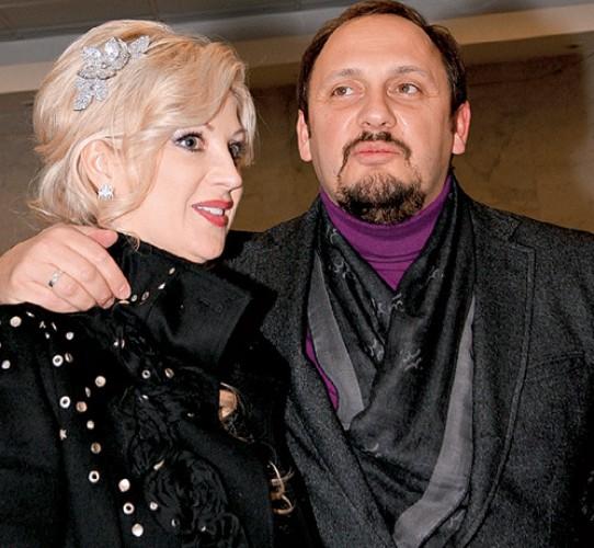 Стас Михайлов относится к жене пренебрежительно