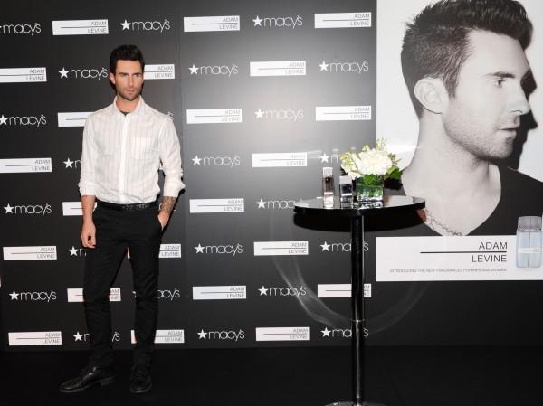 Адам Левин - самый сексуальный мужчина 2013 по версии журнала People