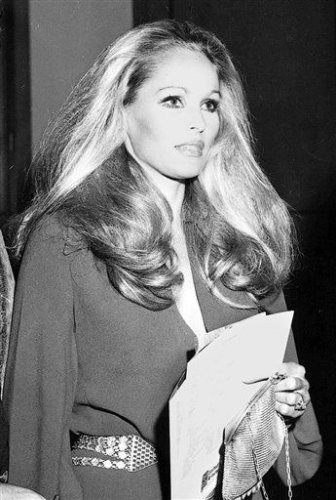 Урсула Андресс возглавила перечень наиболее интимных молодых женщин Бонда (Dr. No в 1962)