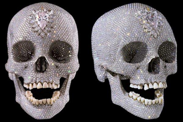 Премьера черепа Бога ради  состоится 18 января в Гонконге