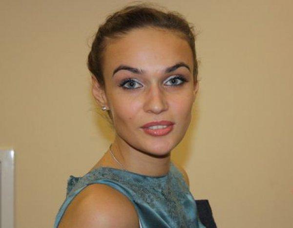 Алена Водонаева дала комментарии относительно слухов о разводе