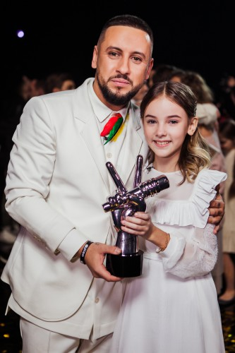 Данэлия Тулешова и Monatik