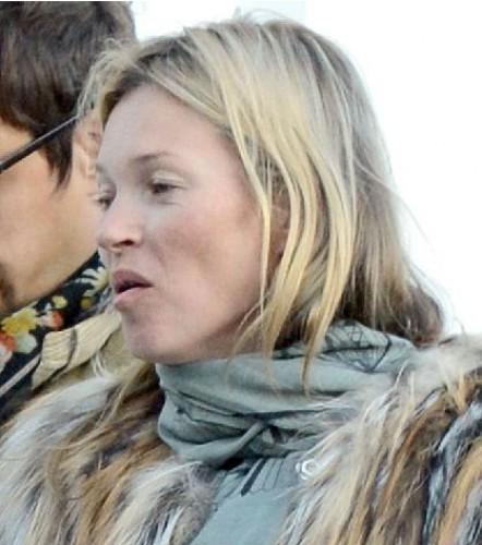 Кейт Мосс застигнули без грима (фото)