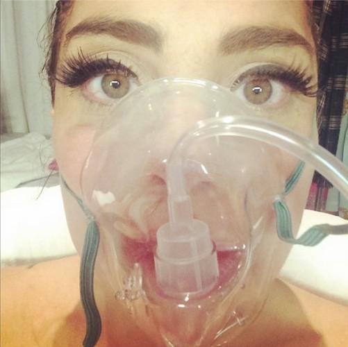 Lady GaGa угодила в больницу