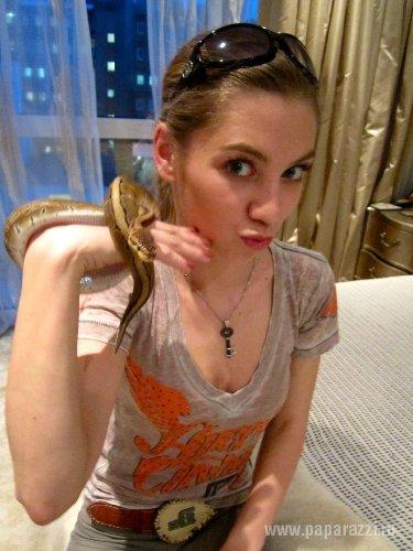 Дочь Ирины Салытковой любит змей