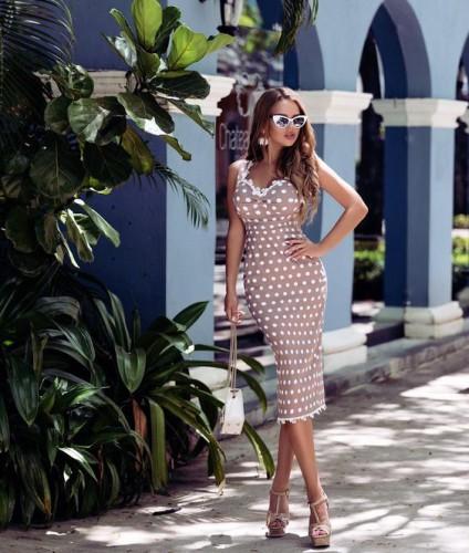 Что по модным платьям на лето 2019