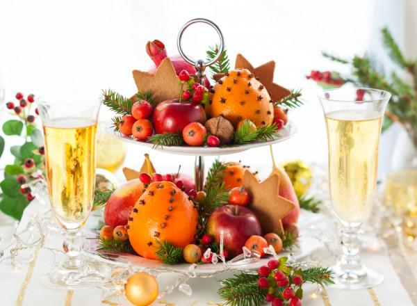 Укрась новогодний стол композициями из фруктов