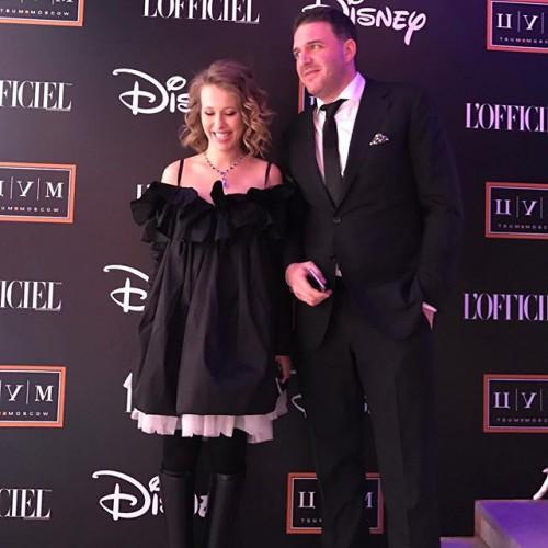 Ксения Собчак и Максим Виторган впервые вышли в свет после рождения сына