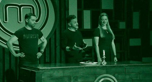МастерШеф 6 сезон 16 выпуск: черные фартуки готовили в темноте