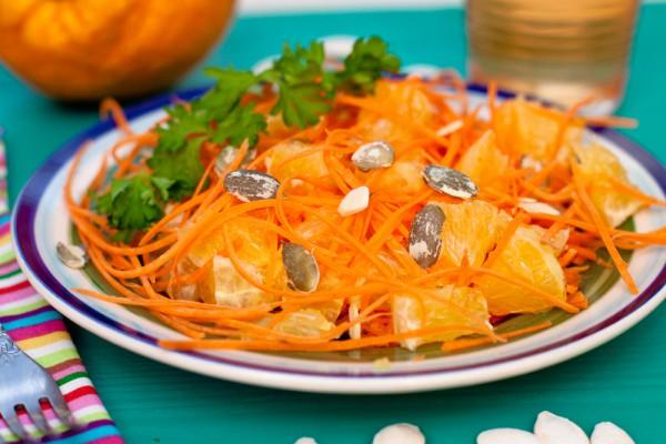 Постный морковный салат с апельсинами