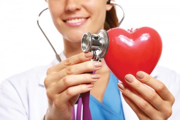 Чтобы сохранить сердце здоровым, нужно следить за тем, что ты ешь и пьешь, а также давать организму физическую нагрузку