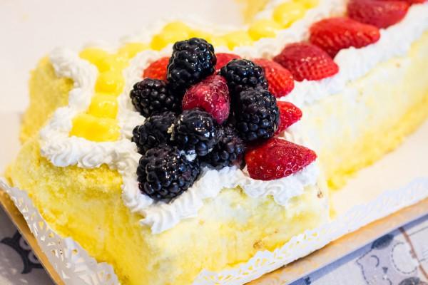 Торт на 8 марта Мимоза