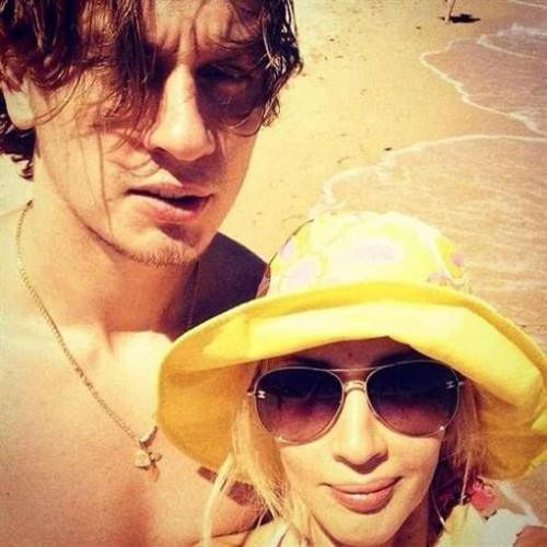 Лера Кудрявцева и Игорь Макаров показали фото с медового месяца