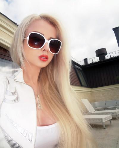 Одесская Барби хочет стать профессиональной актрисой